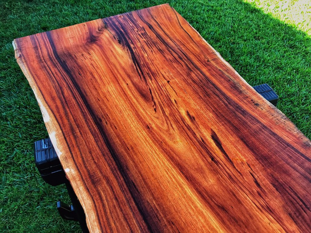 Koa wood is used for wooden watch crafting