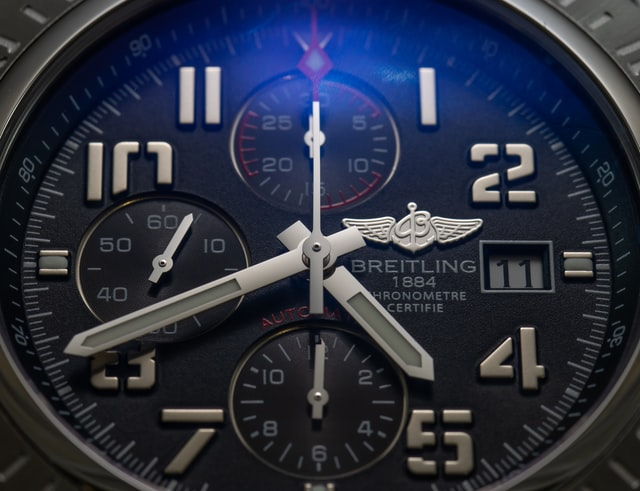 Breitling chronometer watch with chronograph function