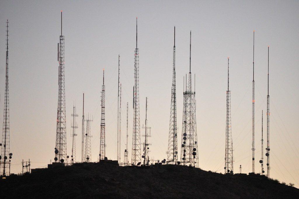 radio tower for atomic wristwear
