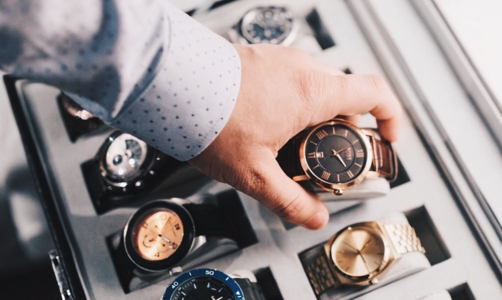 Selecting a watch from a watch size chart