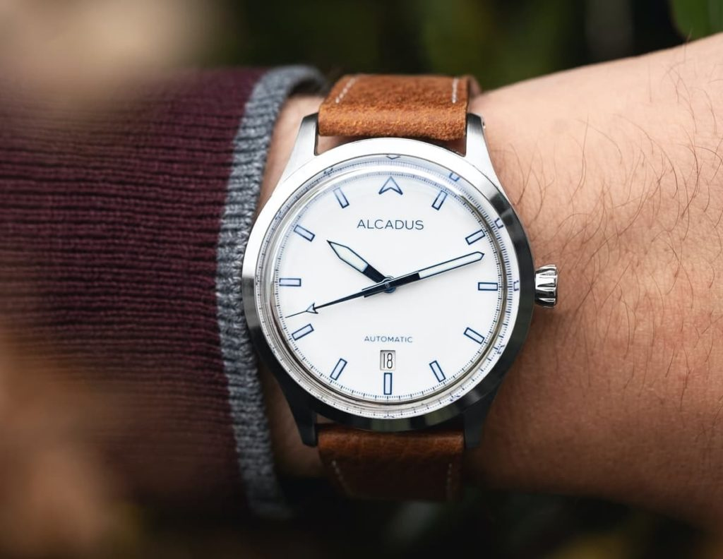 perfectly proportioned analog hand watch