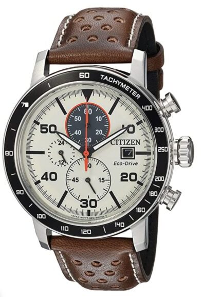 Casual sports piece with chronograph function