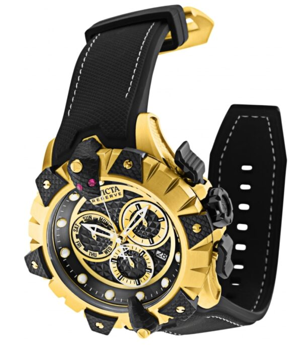 Flashy gold-toned Invicta timepiece reviewed