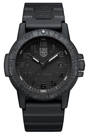 Lightweight Luminox watch as a perfect everyday watch for men