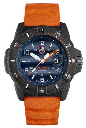 Luminox watch with blue face and nice luminosity