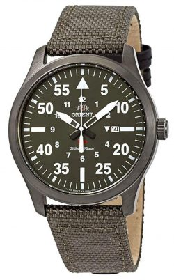 Green field watch with quartz movement