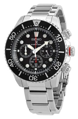 Seiko solar diver watch with an all-metal construction