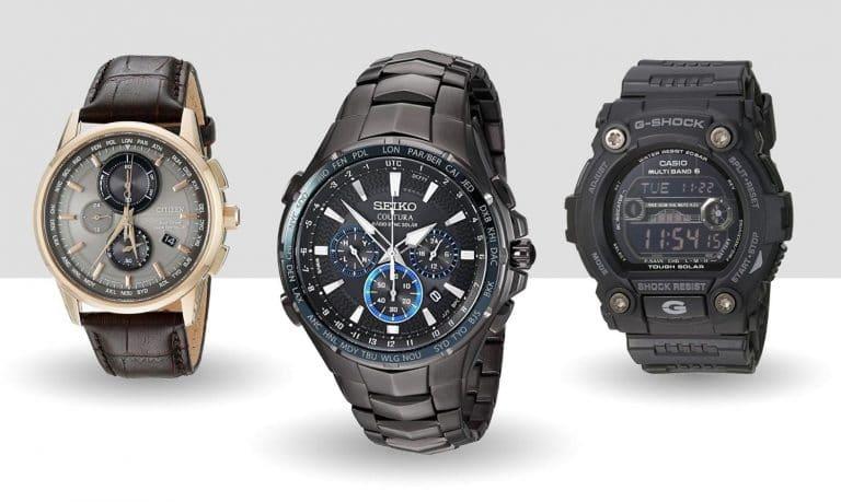 Solar atomic watches